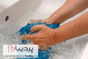 شستشوی لباس با دست