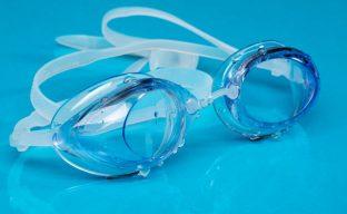 انتخاب و استفاده از عینک شنای مناسب